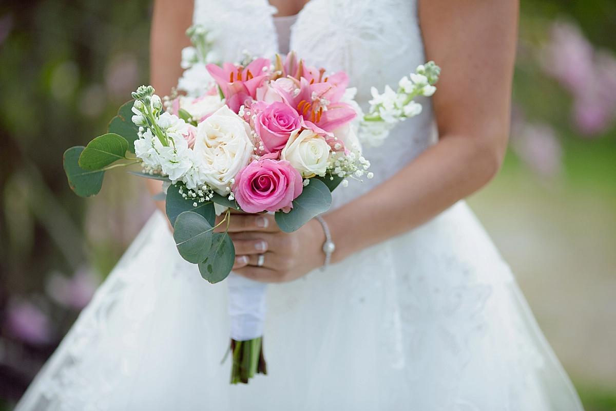 henry-county-wedding-kentucky-farm-spring-wedding-06.JPG