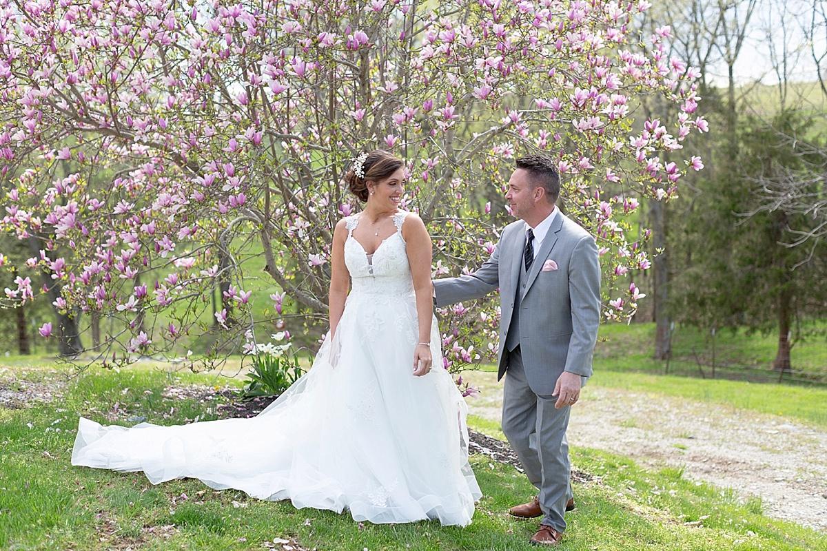 henry-county-wedding-kentucky-farm-spring-wedding-05.JPG