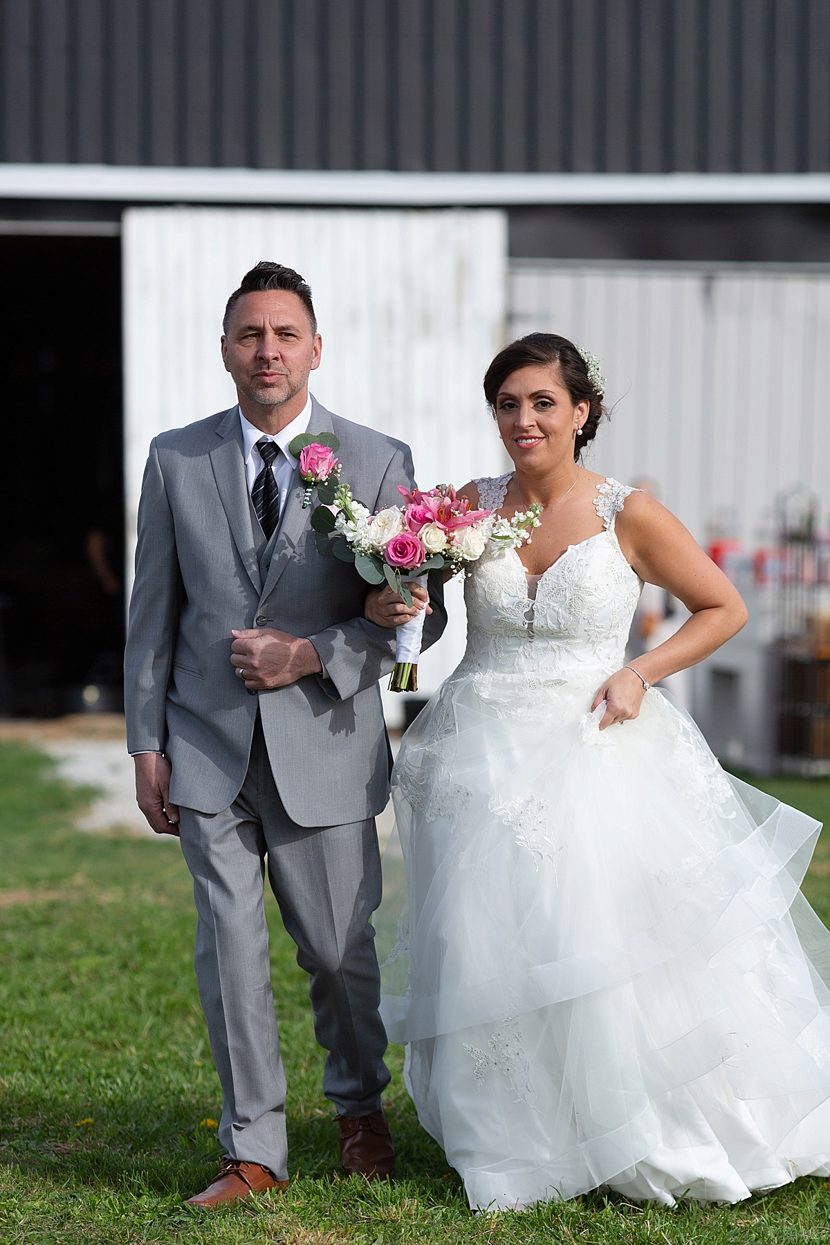 henry-county-wedding-kentucky-farm-spring-wedding-29.JPG