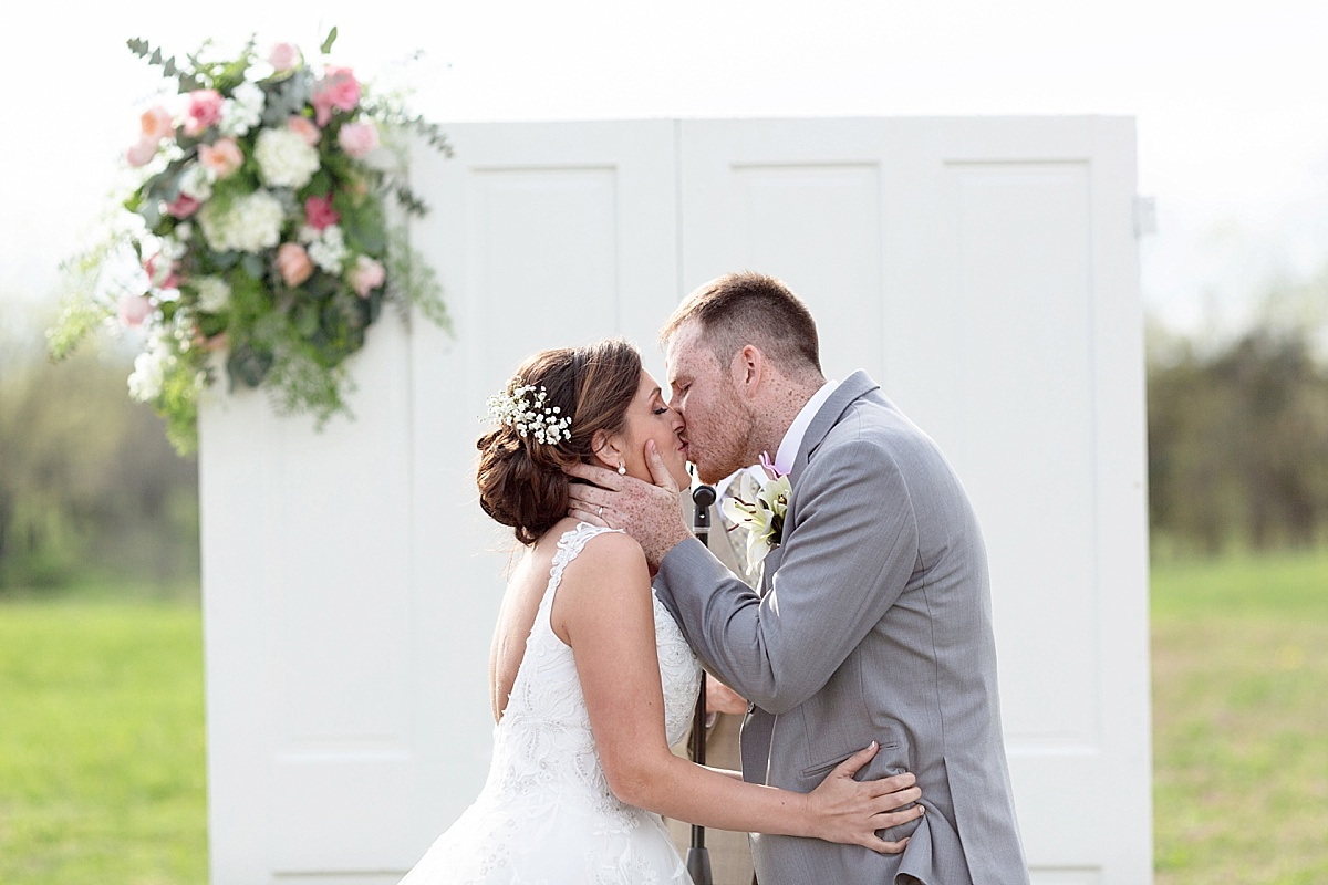 henry-county-wedding-kentucky-farm-spring-wedding-45.JPG