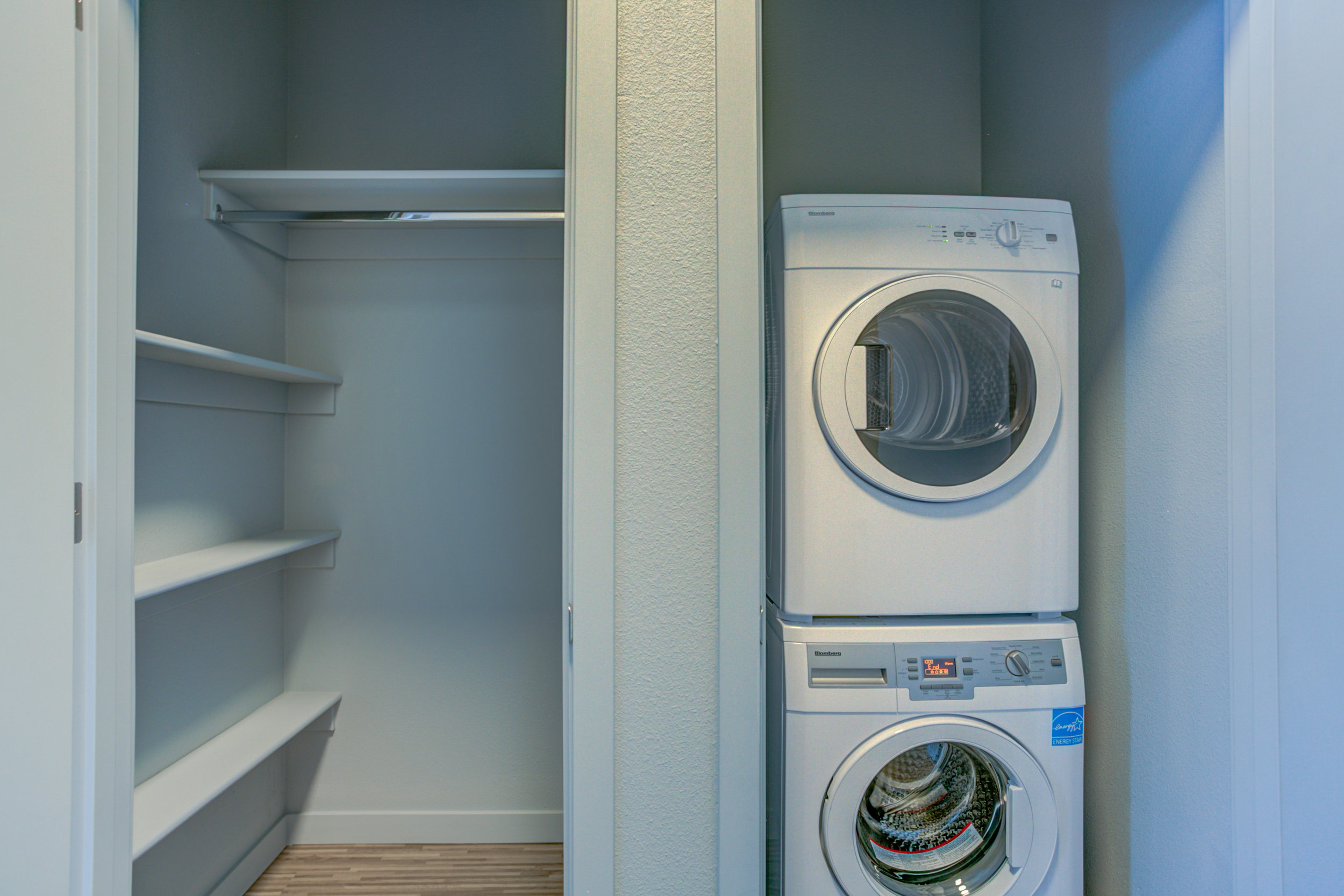 Front Loading Washer/Dryer -