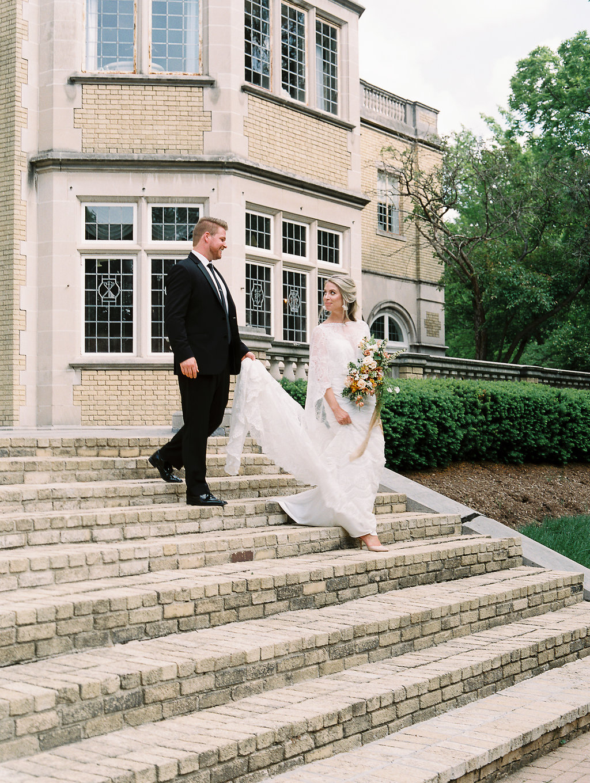 samantha-joy-events-jenny-haas-workshop-cincinnati-wedding-planner-couple-portrait1