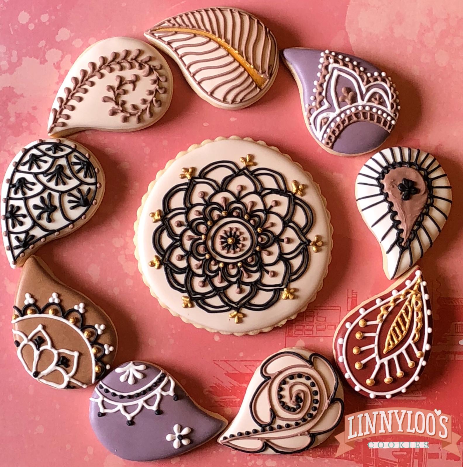 custom sugar cookies, decorated cookies. Linnyloo's cookies