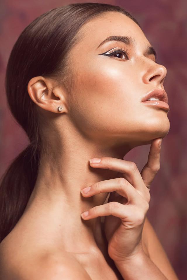Boudoir-makeup-onsite-makeup-artist-Blush-Boudoir-1.jpg