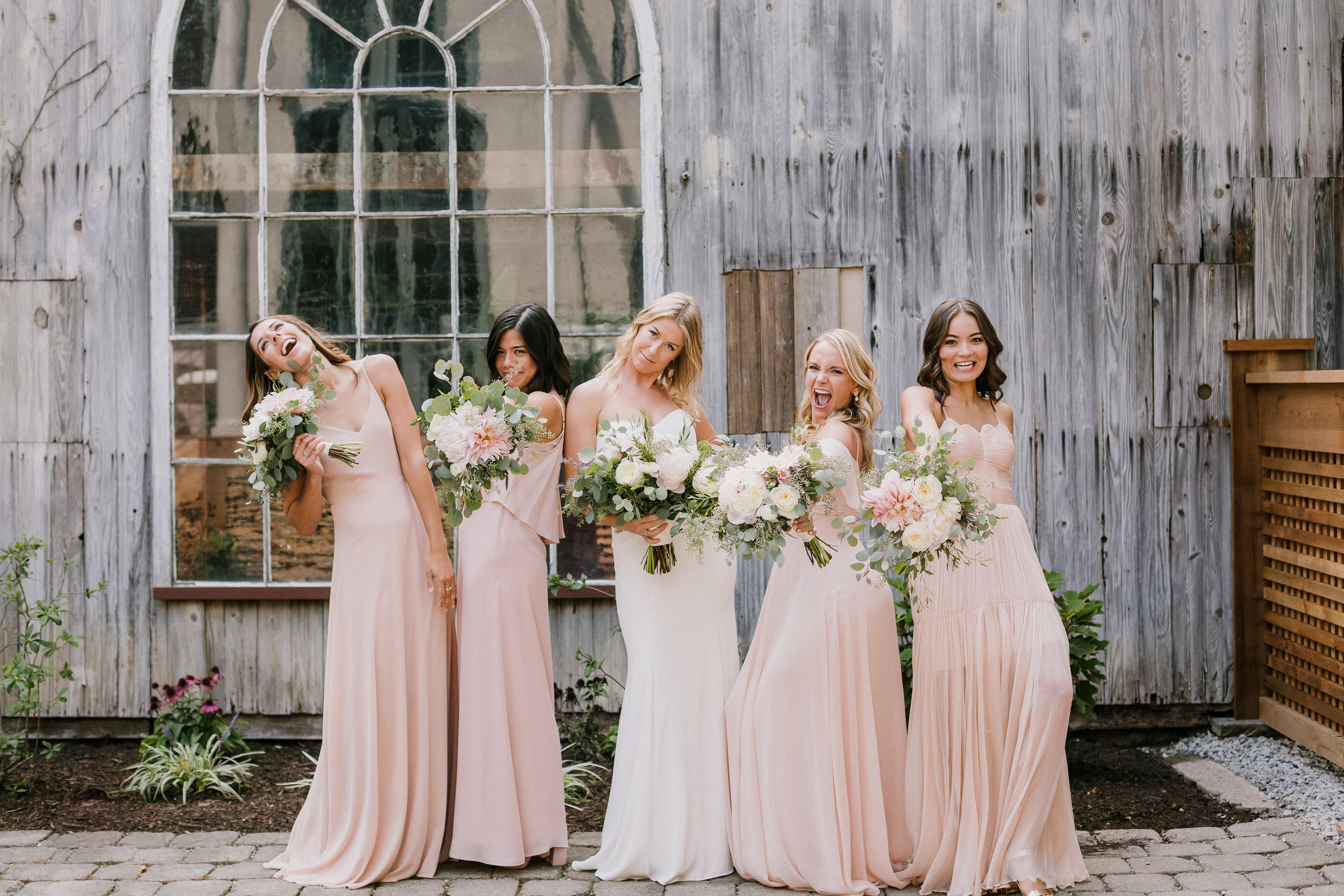 dayton-wedding-planner-bridesmaids-dress.jpg