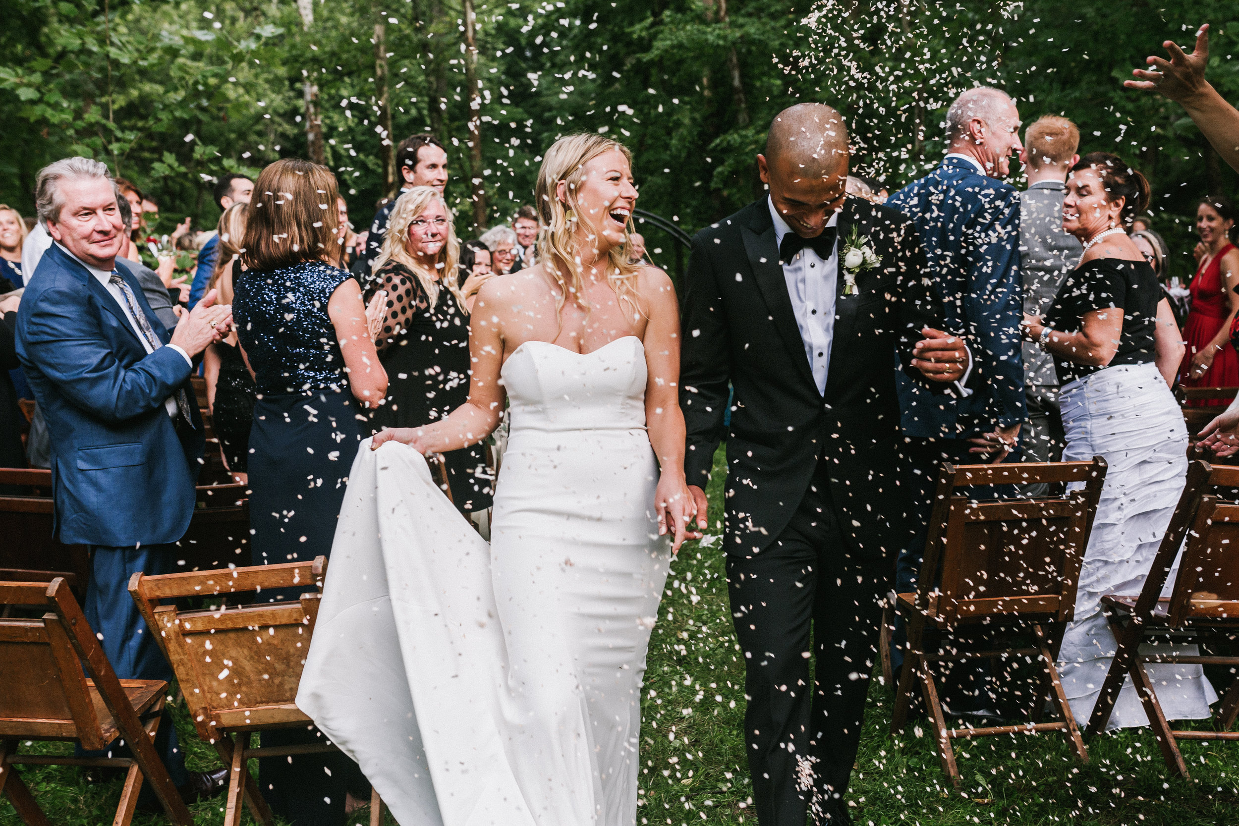 dayton-backyard-wedding-confetti-toss-outdoor-ceremony.jpg