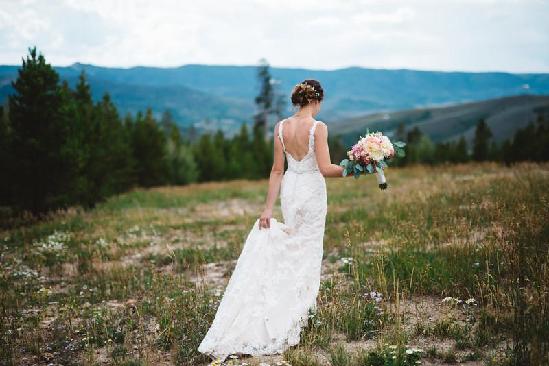 colorado mountaintop wedding planner