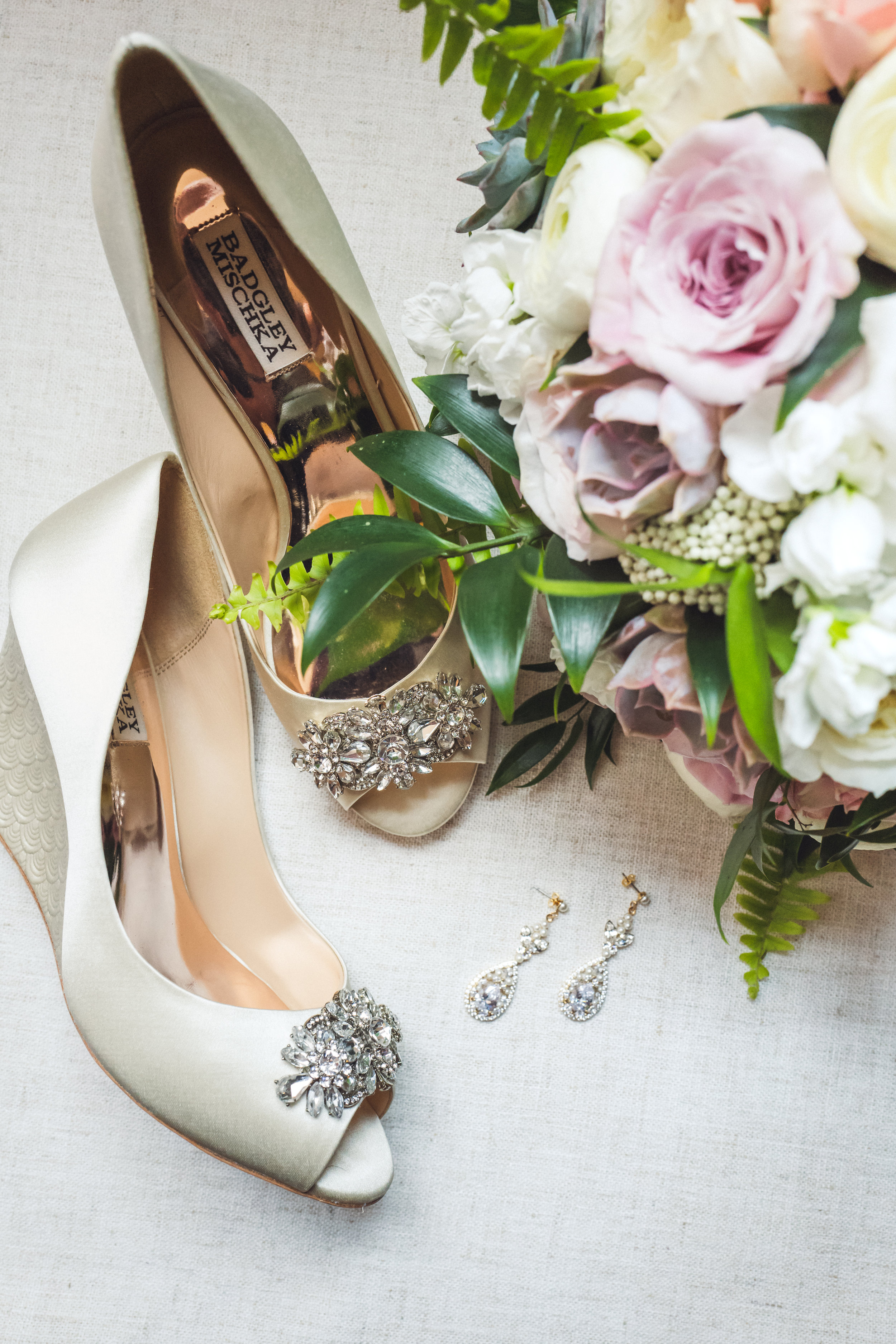 chicago-wedding-planner-getting ready- wedding-shoes