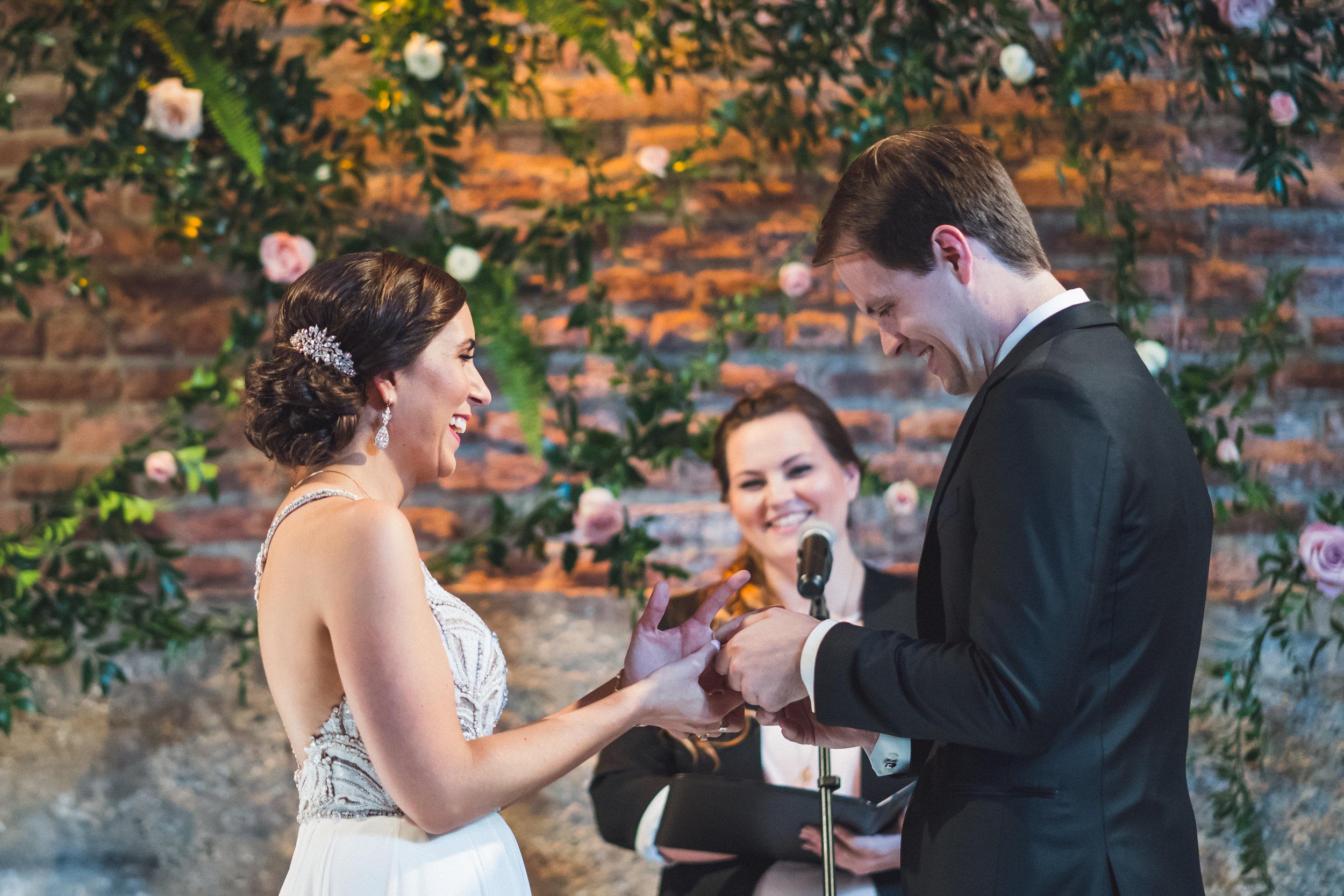 gallery-1028-ceremony-chicago-wedding-planner