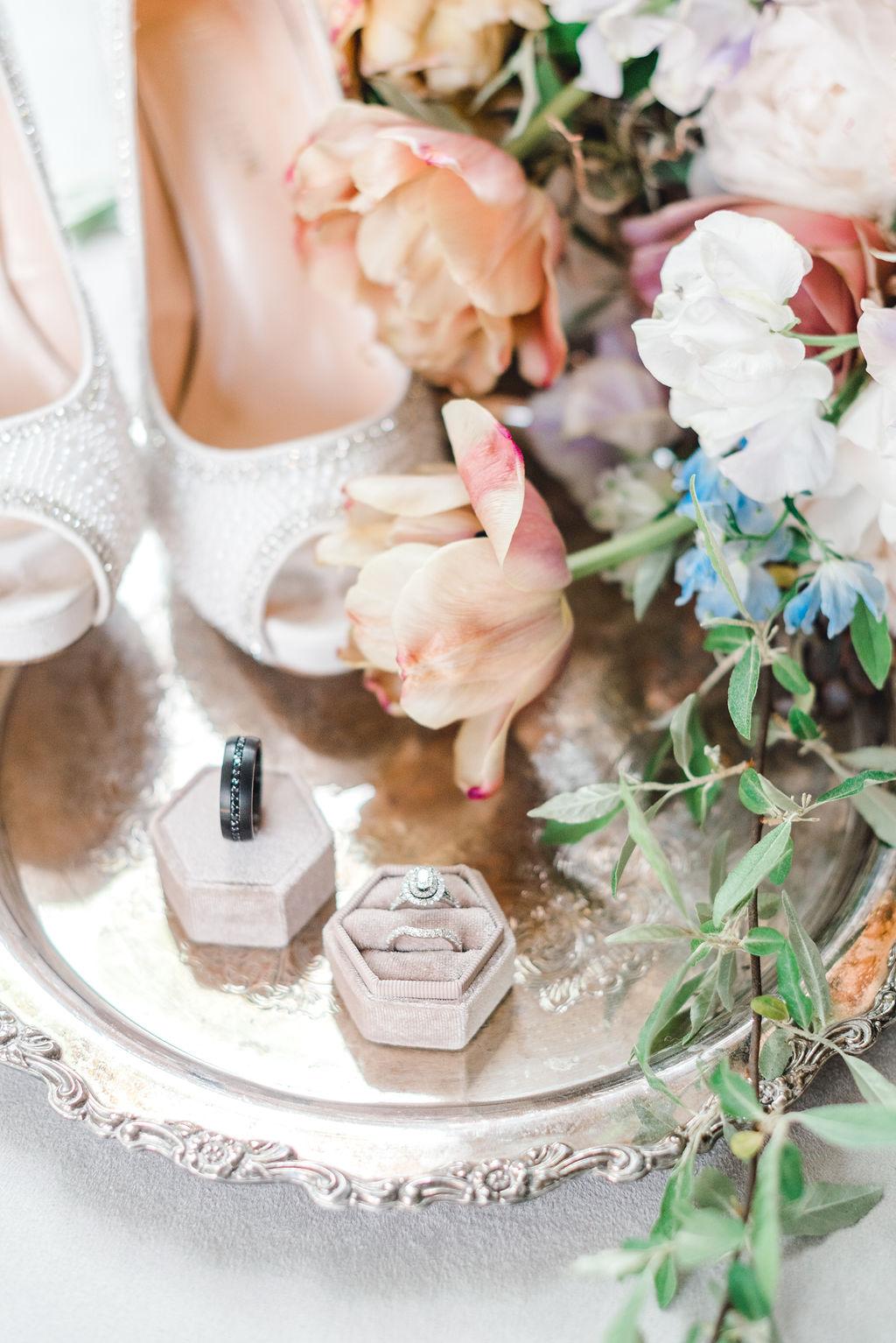 Dayton-event-planner-wedding-details-flatlay-design-ohio.jpg