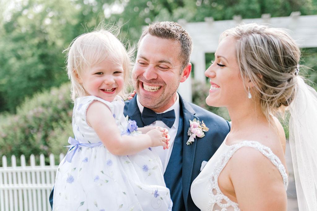 Dayton-event-planner-lavendar-wedding-family-photo.jpg
