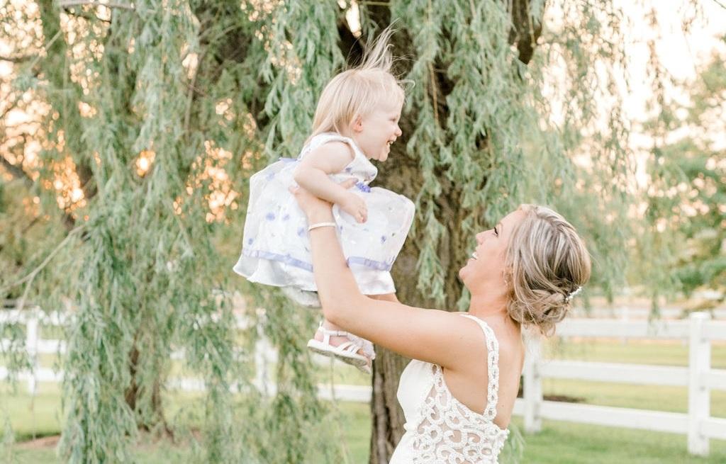 Dayton-event-planner-cincinnati-bride-and-daughter-wedding