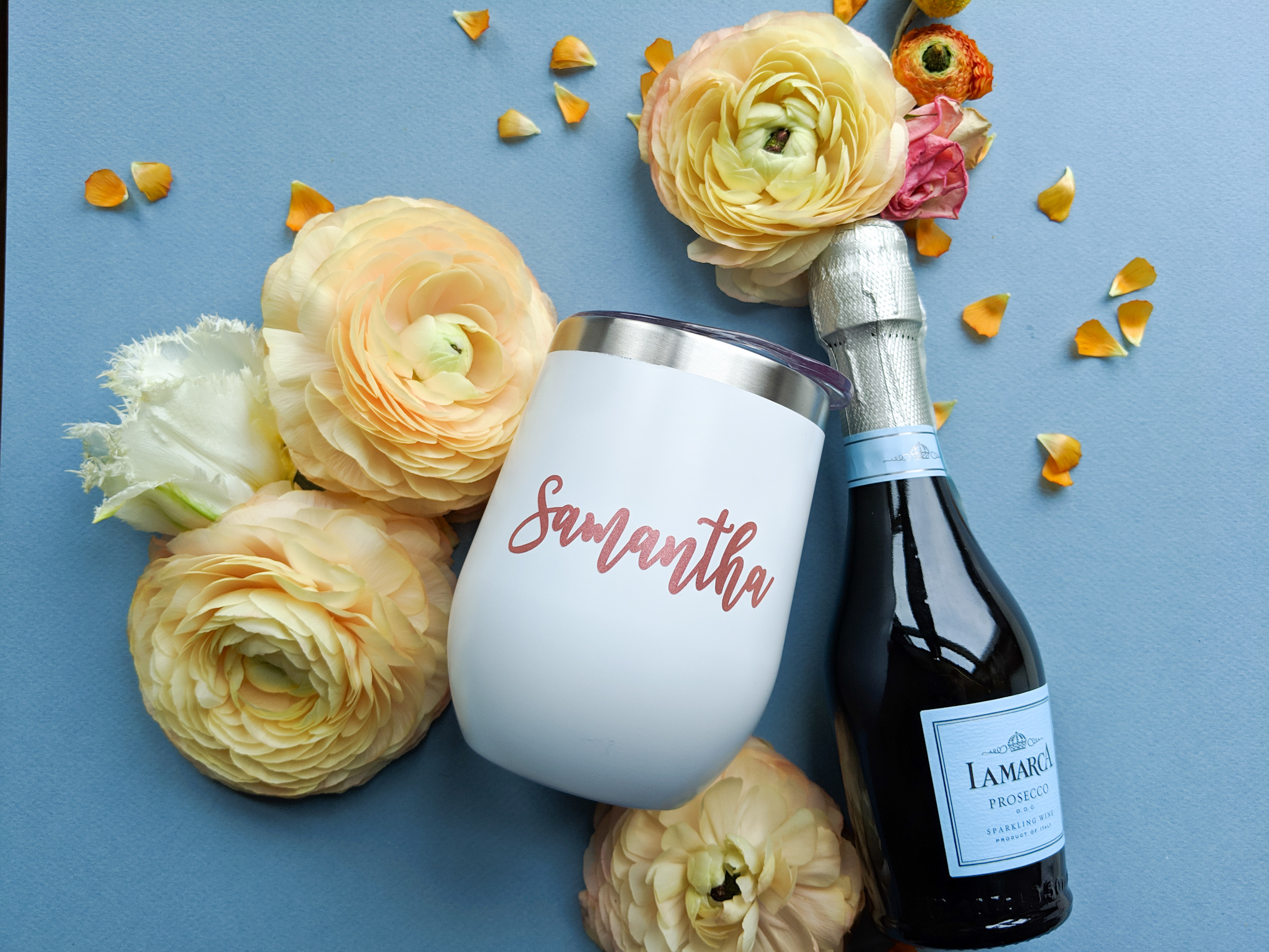 bridesmaids gift wine glass and wine