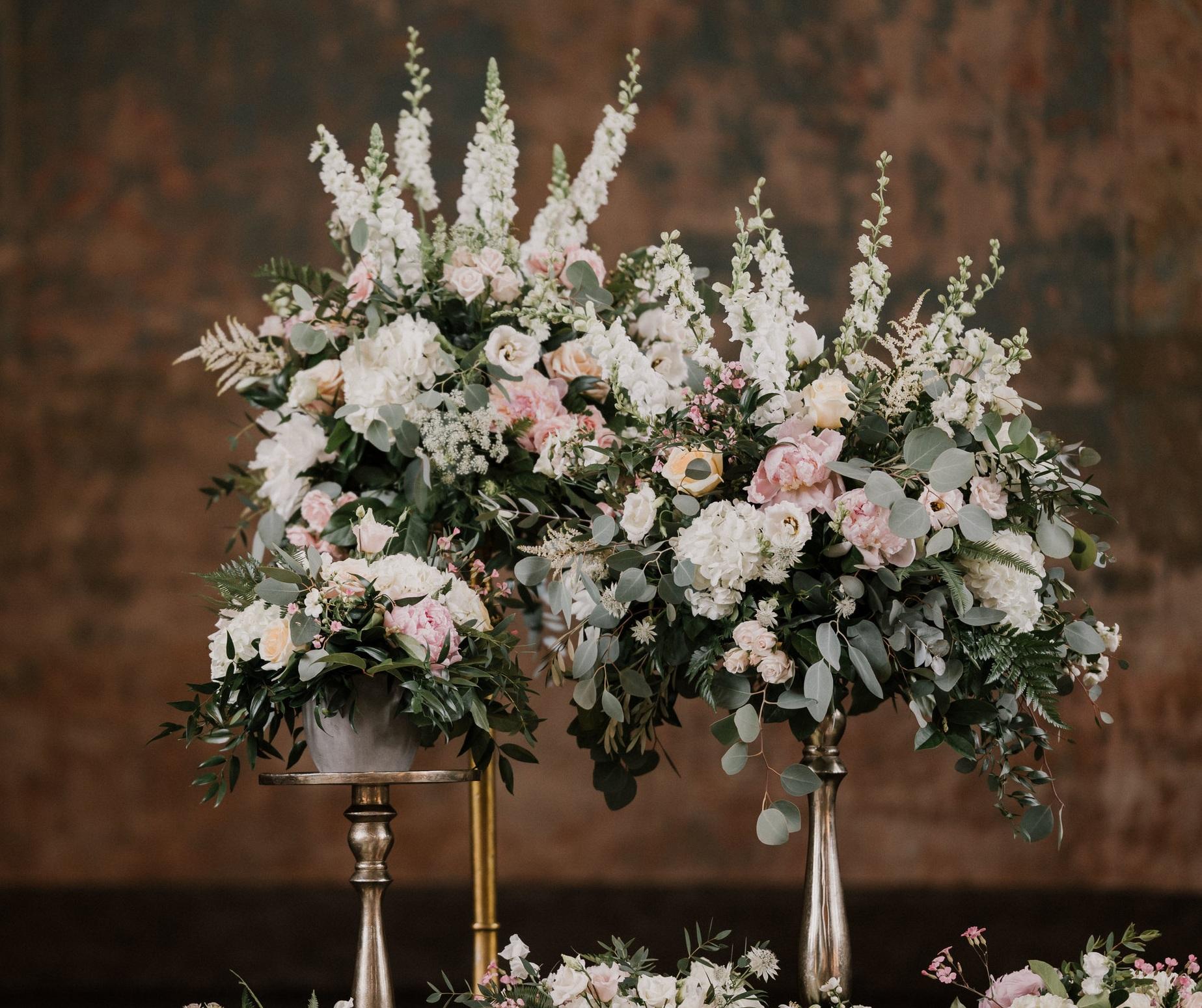 samantha-joy-events-monastery-event-center-cincinnati-wedding-planner-robin-wood-florist-ceremony.jpg