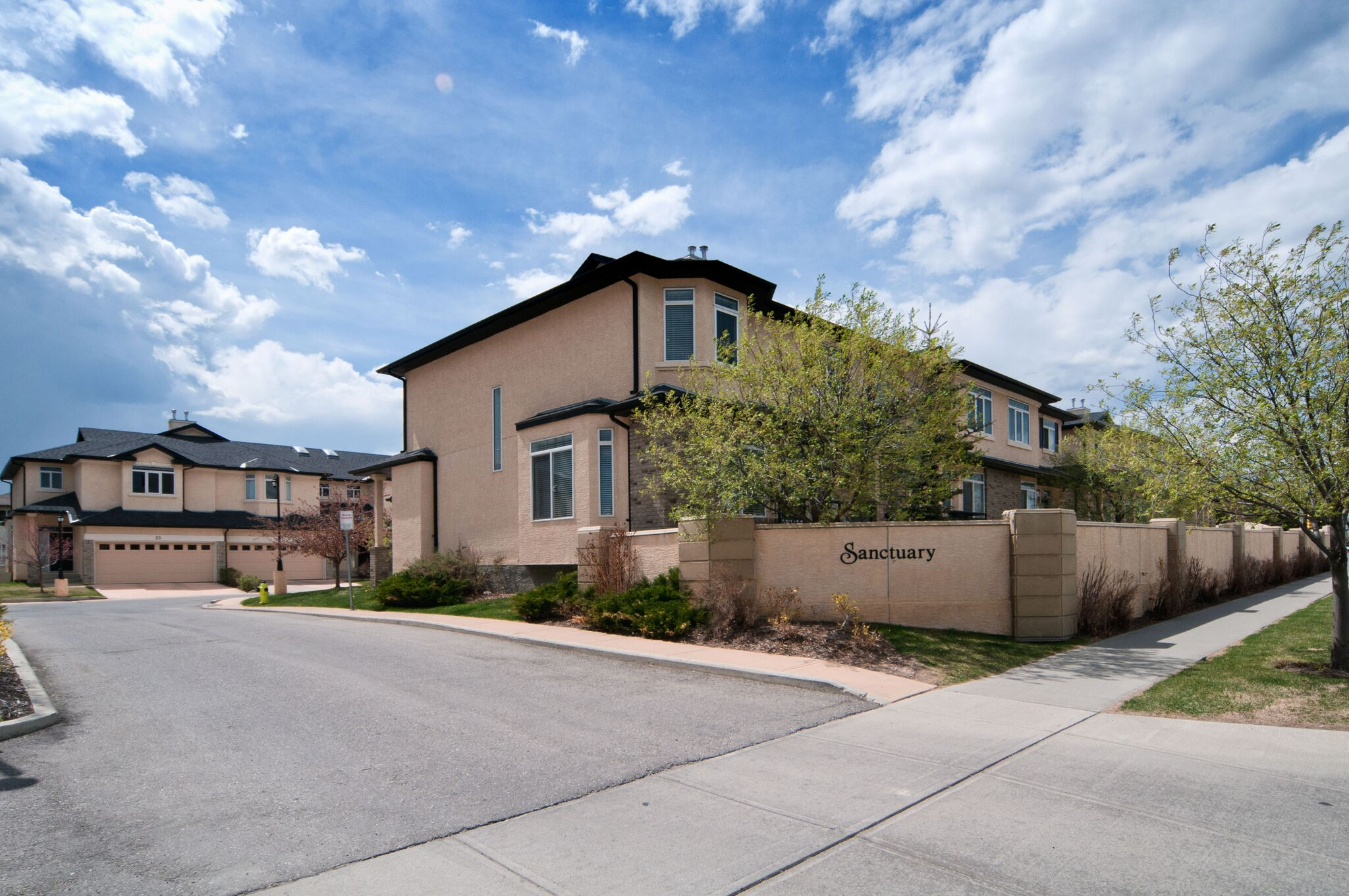 SPRINGSIDE TOWNHOUSE COMPLEX