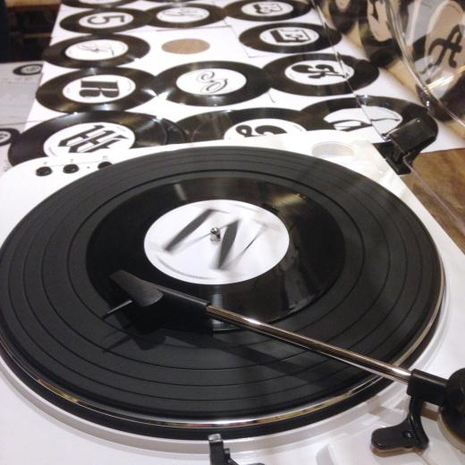 Type Tasting vinyl type game