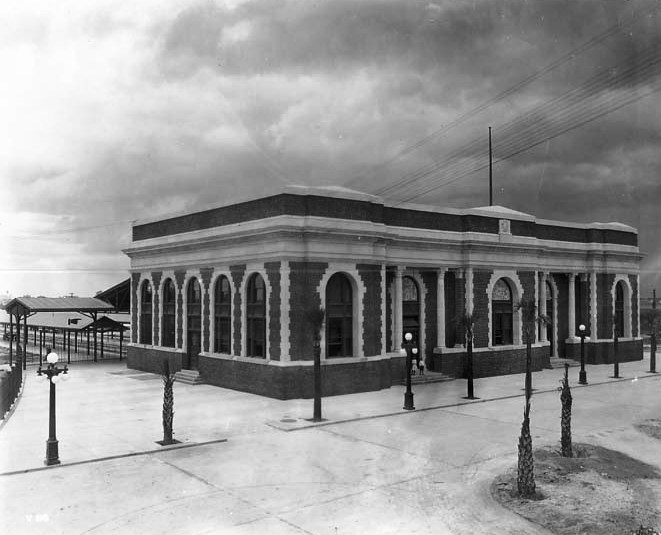 Tampa Union Station on opening day 1912