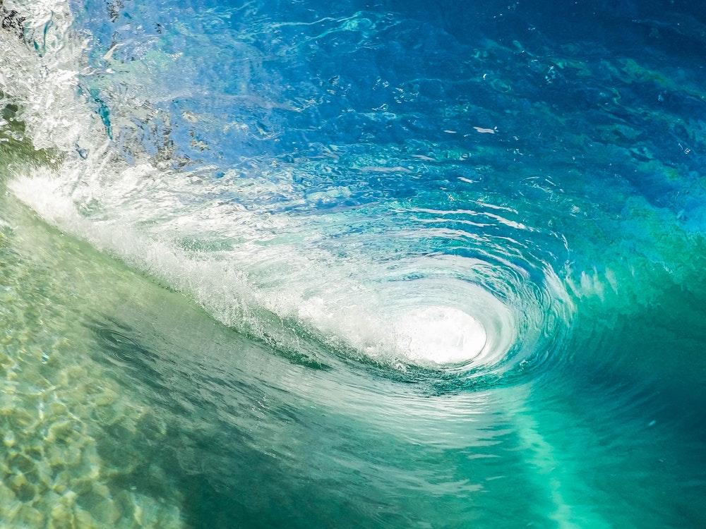 wave_barrel.jpeg