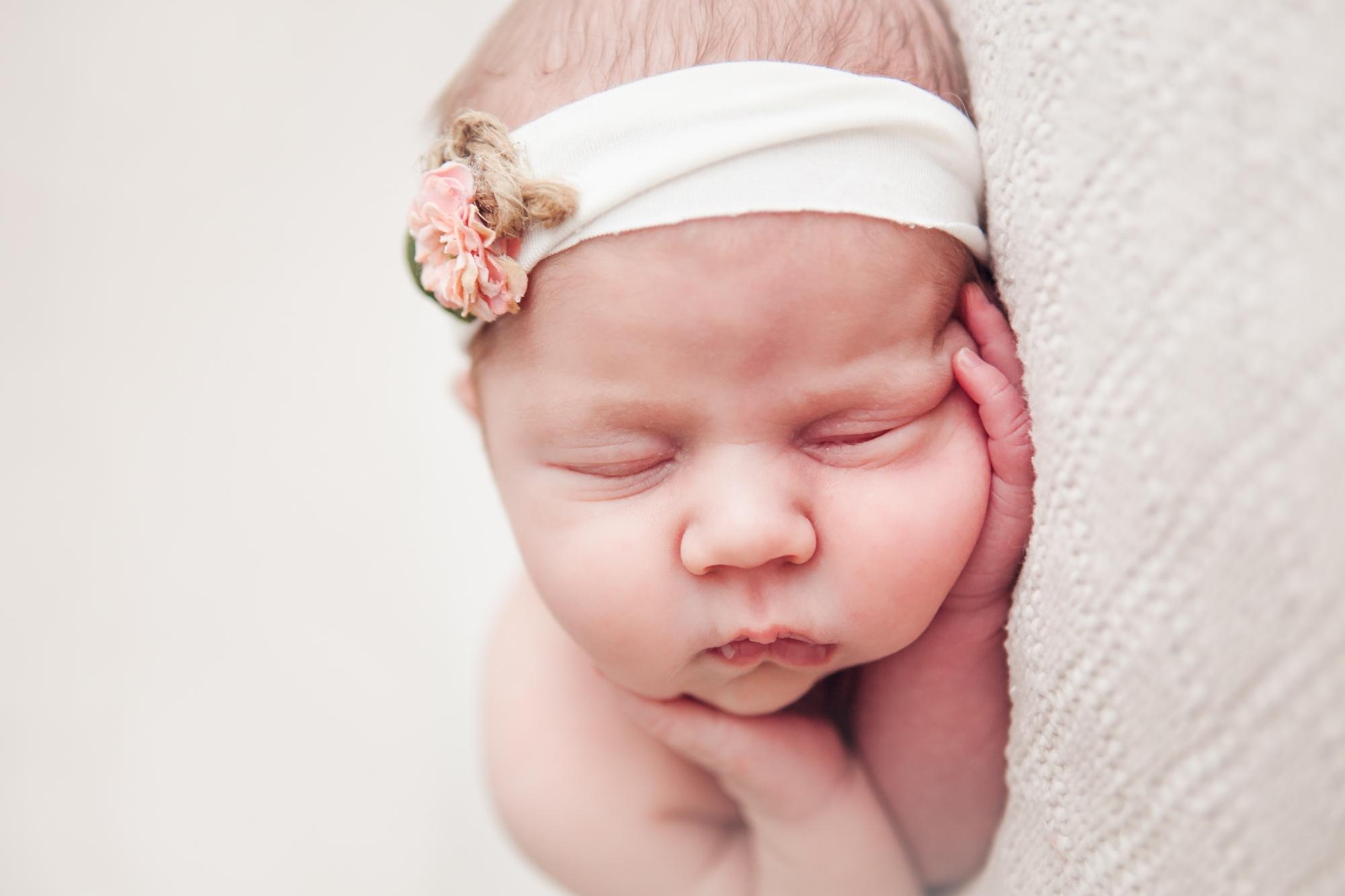 hannah-newborns-30.jpg