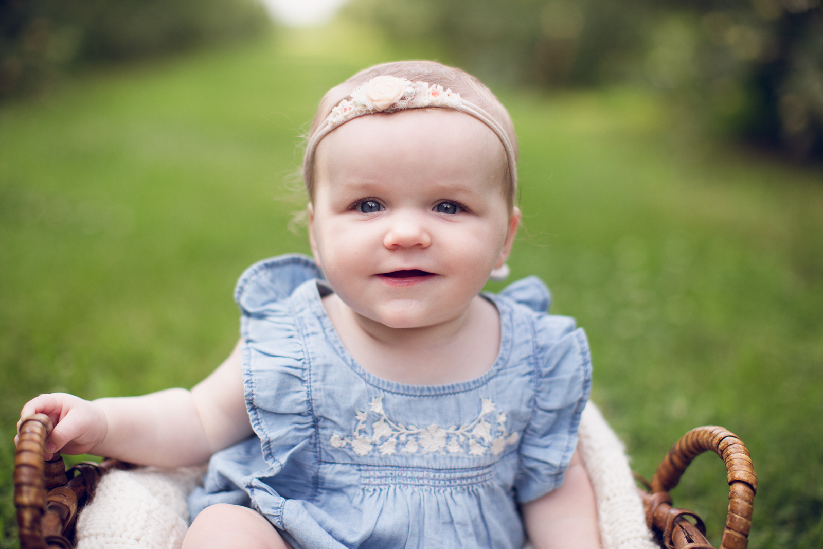 Hattie 6 month photographer lafayette indiana milestone photographer-19.jpg