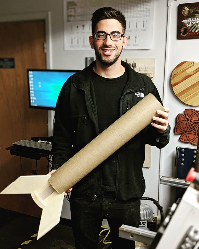 AIAA RPL is on the road to L1 certification! 🚀 Today @johnykhalaf made great progress on his build 🚀 Johny is an junior aerospace engineering student looking to expand his practical engineering knowledge through rocketry! #aiaa #rutgersaiaa #rutgersengineering #ameteurrocketry #highpowerrocketry #rutgersrpl #makerspace #shopbot
