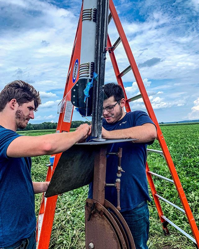One final #tb before we fly some more Level 1 NAR rockets today at Radical Rocketeer's monthly launch! • • #rutgersuniversity #rocketry #space #engineering #aerospaceengineering #narrockets #aiaa #modelrockets #rockets #levelup #rocketlaunch #rocketlauncher #nar #tripoli #rutgersengineering #rutgersbusinessschool #newjersey