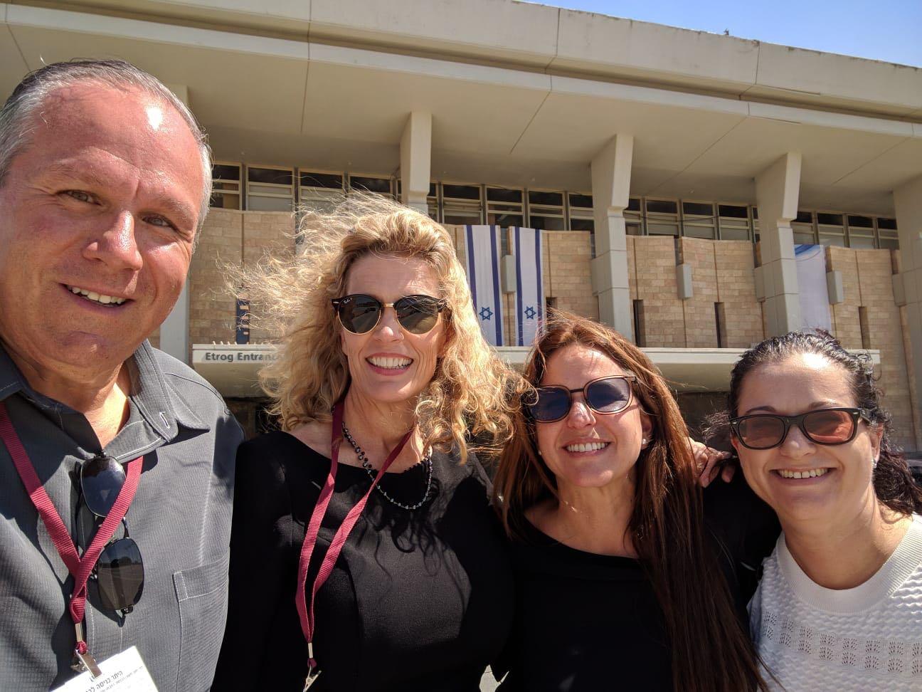 Knessett outside.jpg