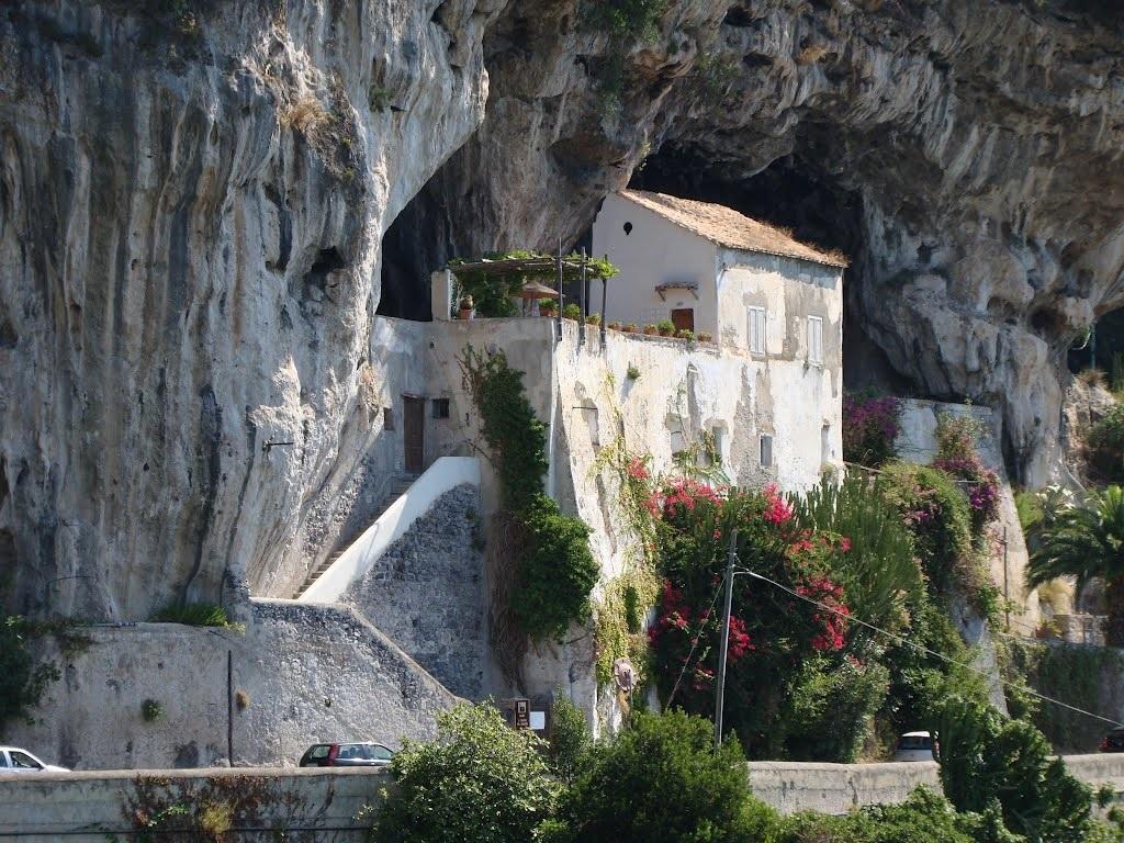visite-all-abbazia-di-santa-maria-de-olearia-a-mai-194660.jpg