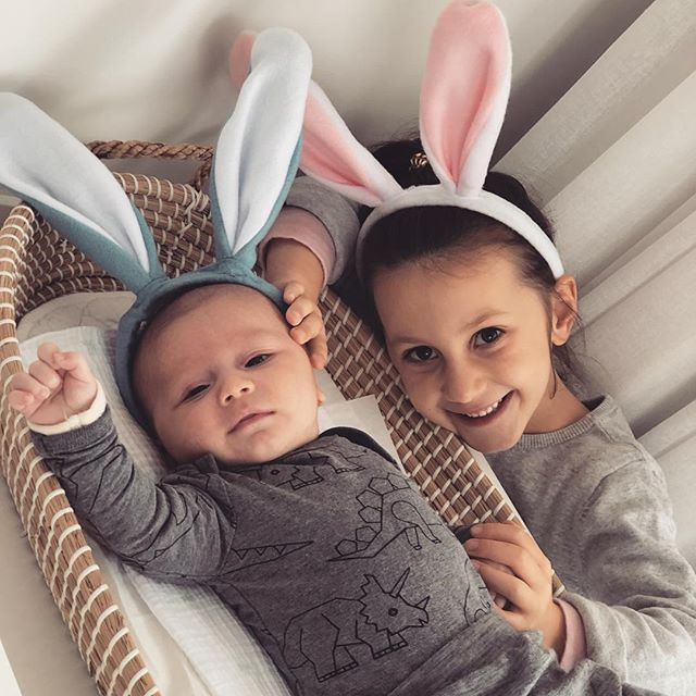 Happy Easter! (better late than never!) 🐰 www.paperworkandparties.co.nz . . #easter #easterbunny #8weeksold #bigsister #newbrother #babybrother  #eventplanner #eventstylist #partyplanner #partystylist #va #virtualassistant #family #momlife #paperworkandparties