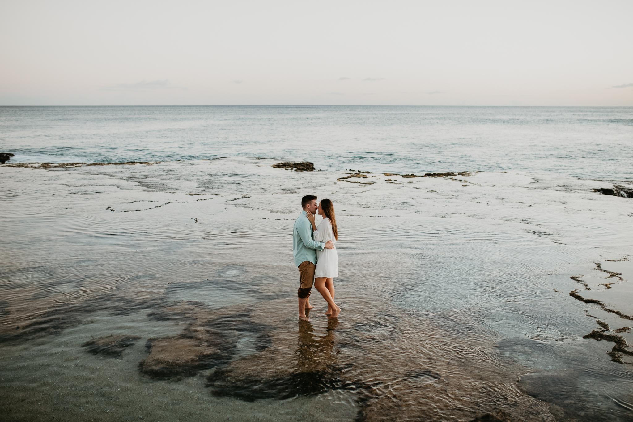 Hawaii_Wedding_Photographer_17.jpg