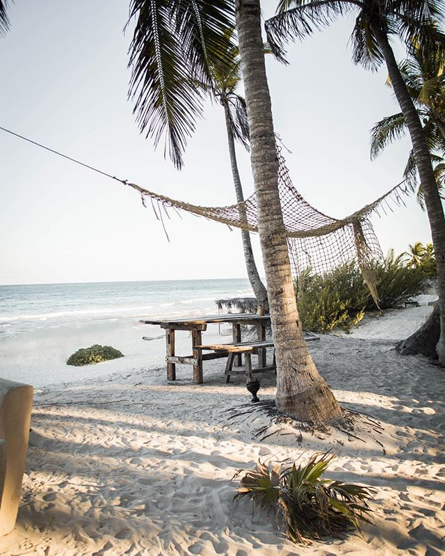 The perfect refuge to share with friends; A place to cultivate silence and reconnection, where the sky and sea come together . . . #meditaton #TraditionalFood #slowfood  #reconnection #tulumbeach #honetskitcken  #SianKaan #cheftable #seafood