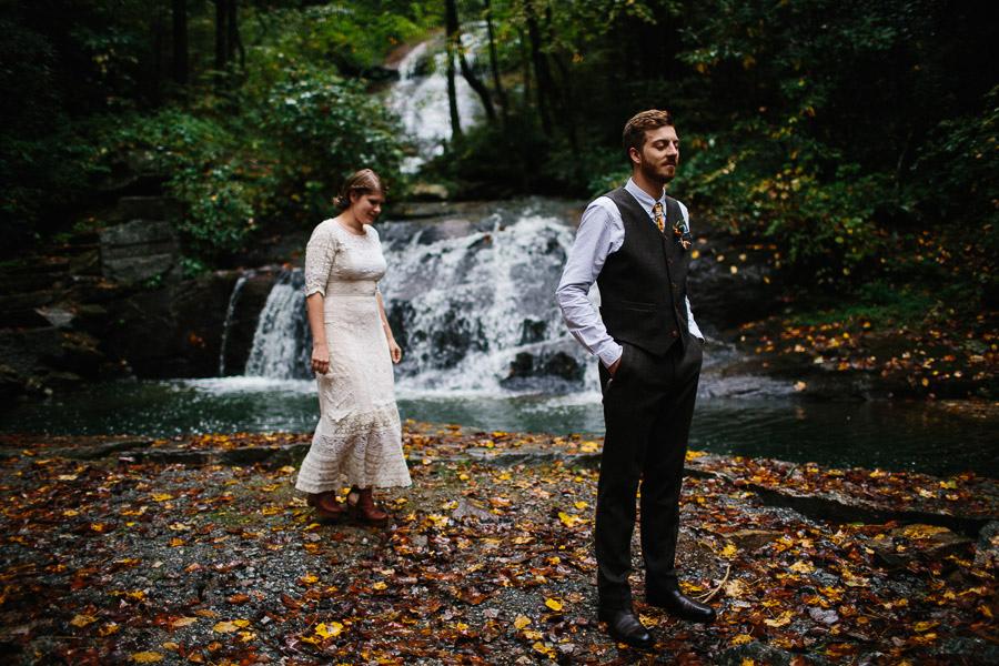030-asheville-north-carolina-camp-wedding-destination-wedding-photographers-the-livelys-3.jpg