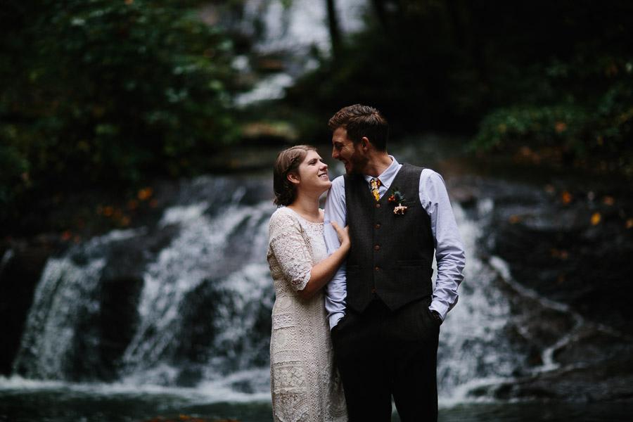 033-asheville-north-carolina-camp-wedding-destination-wedding-photographers-the-livelys-3.jpg