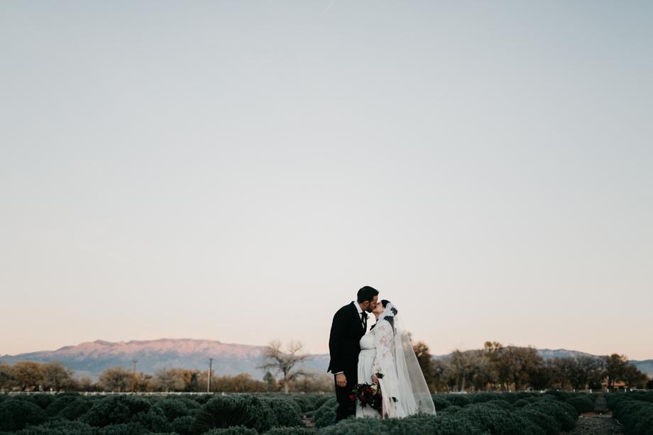 658-albuquerque-wedding-photographer-los-poblanos.jpg