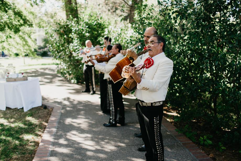 730-albuquerque-wedding-photographer-los-poblanos.jpg