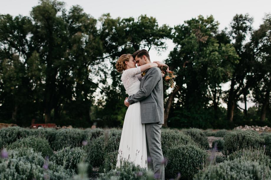773-albuquerque-wedding-photographer-los-poblanos.jpg