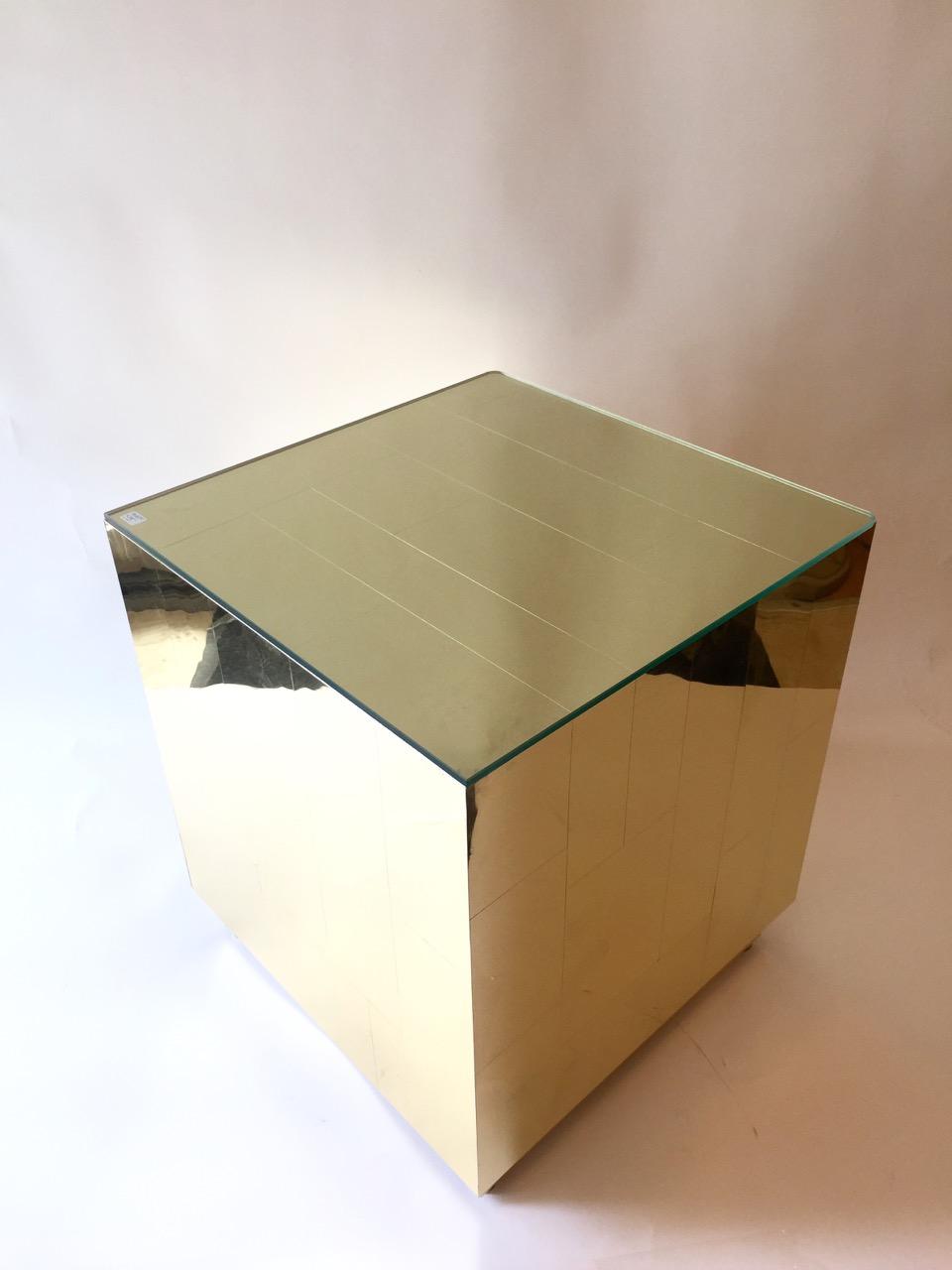 Decorum custom metal cube (2).jpeg