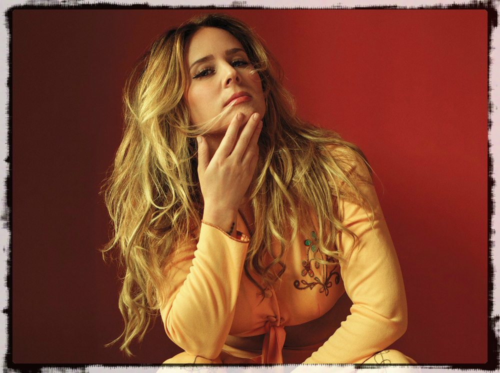 lucie silvas - British Singer-Songwriter