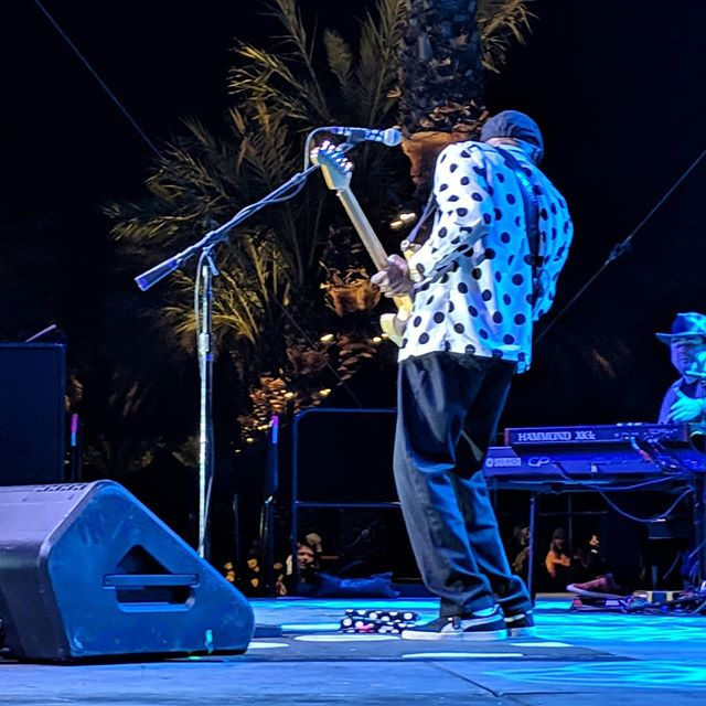 The legend himself, 8 time GRAMMY award winning blues man @therealbuddyguy . . . . #lukasnelsonandpromiseofthereal #lukasnelson #luciesilvas #buddyguy #jimmievaughan #loslobos #brianculbertson #tobylee #musicfestival #musicmonth #coachella #rocknroll #country #bluesfestival #indianwells #gardenjam #gardenjammusicfestival #indianwellstennisgarden #indianwells #smoothjazz