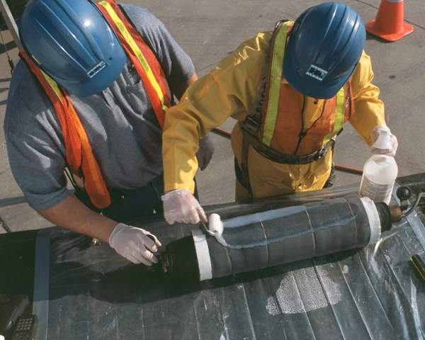 Preparing the  Grouting Sleeve  for insertion