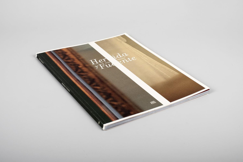 Fotolibro - Herida y Fuente 1.jpg