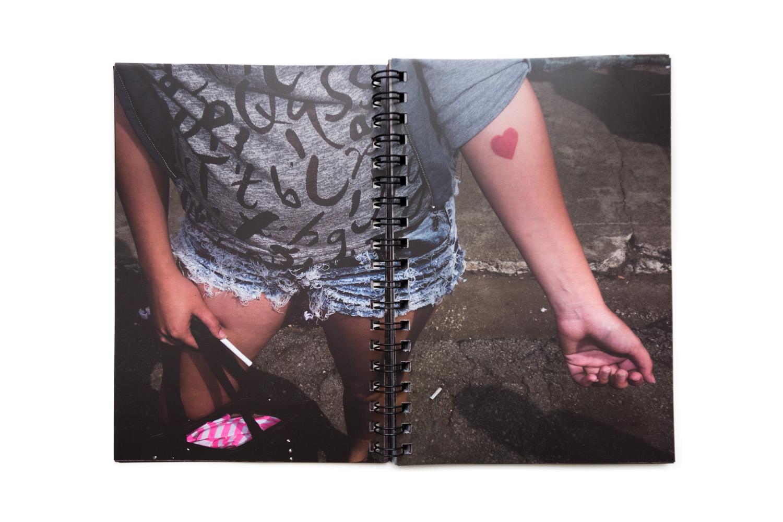 FOTOLIBRO PATRIA O MUERTE - SANTIAGO ESCOBAR-JARAMILLO - FOTOLIBROS COLOMBIANOS-04.jpg
