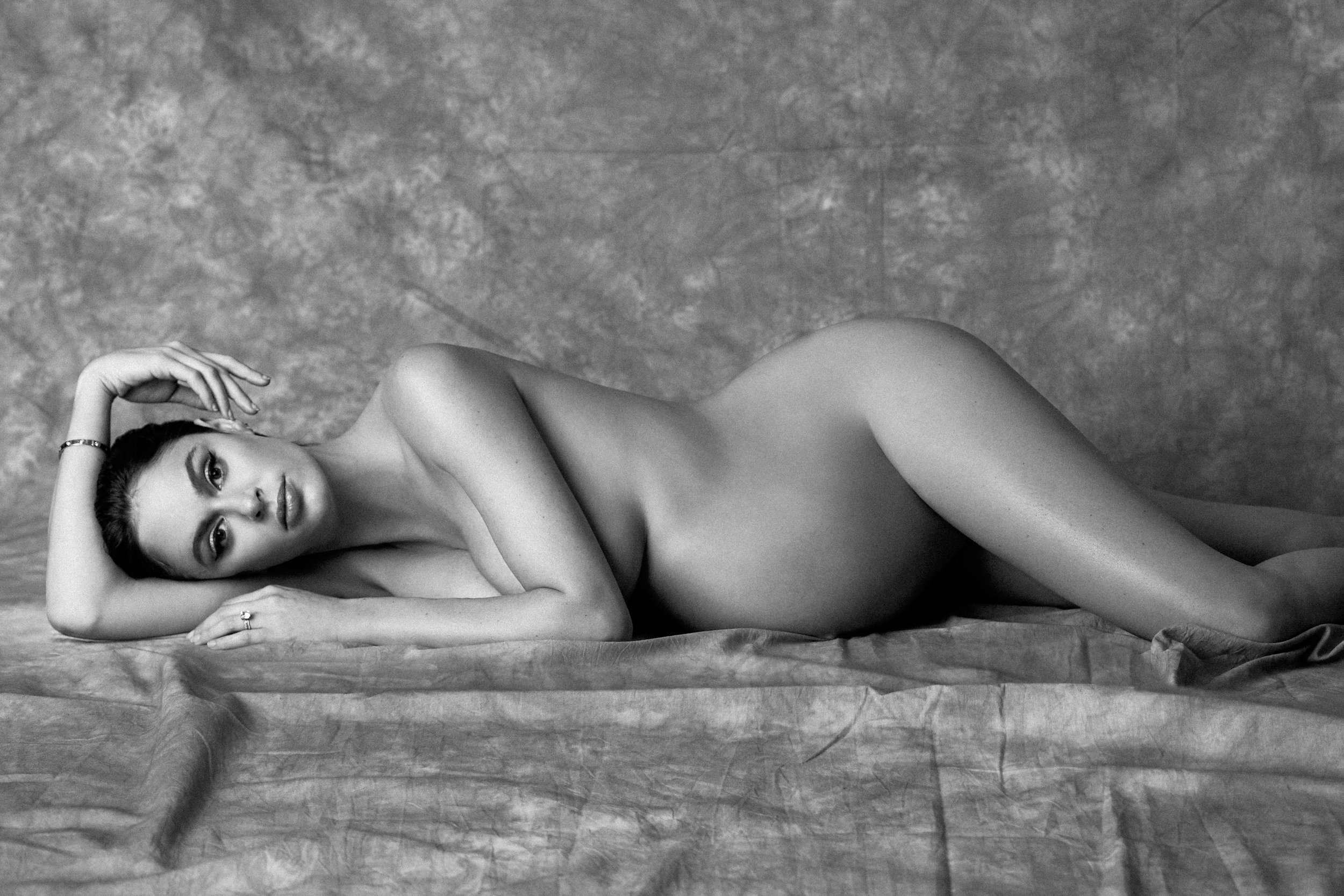 Nicole trunfio pregnant nude