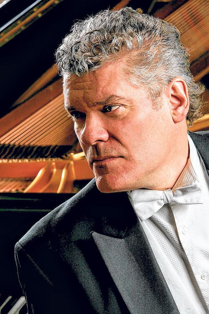 William Wolfram, Piano