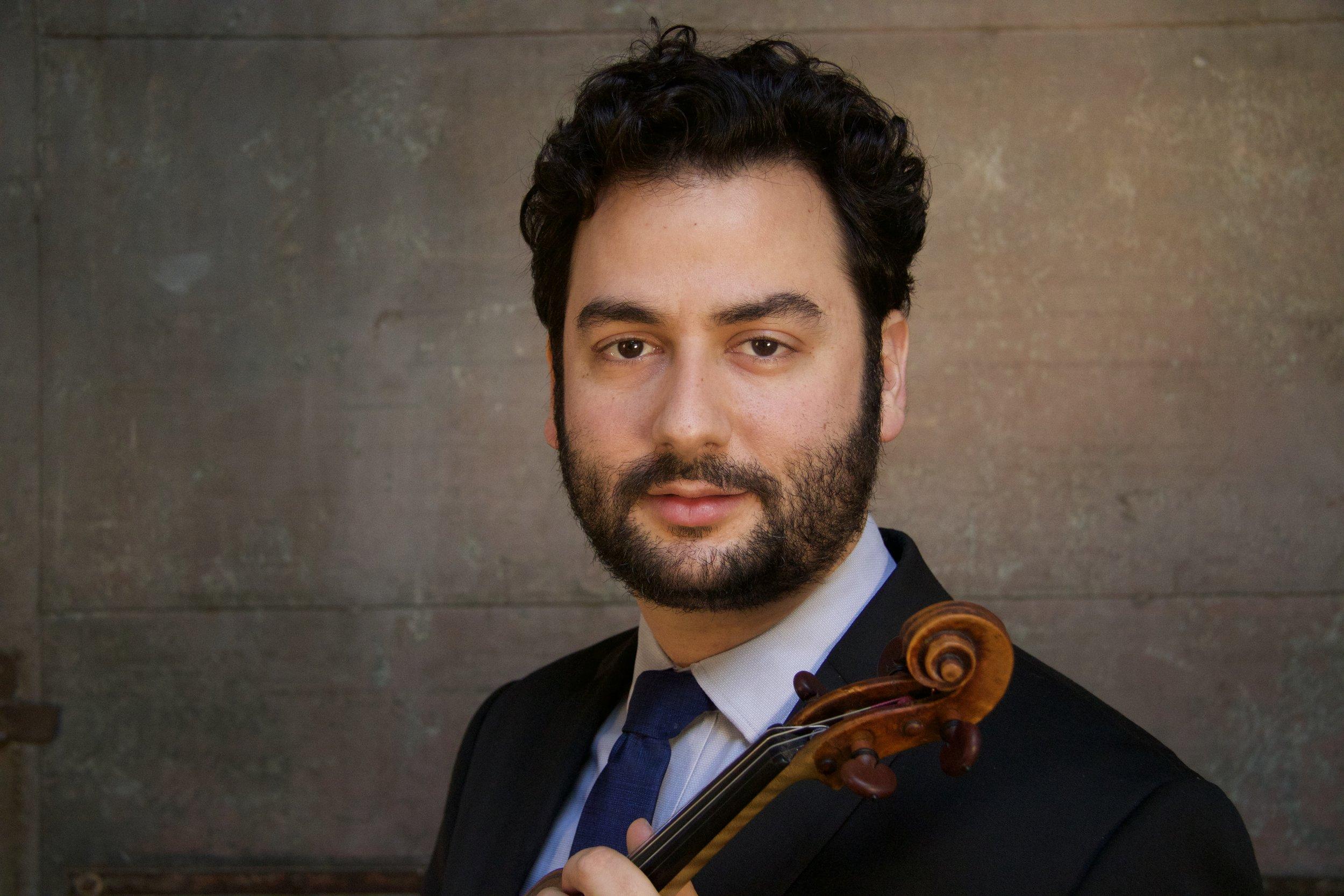 Alex Fortes,   violin
