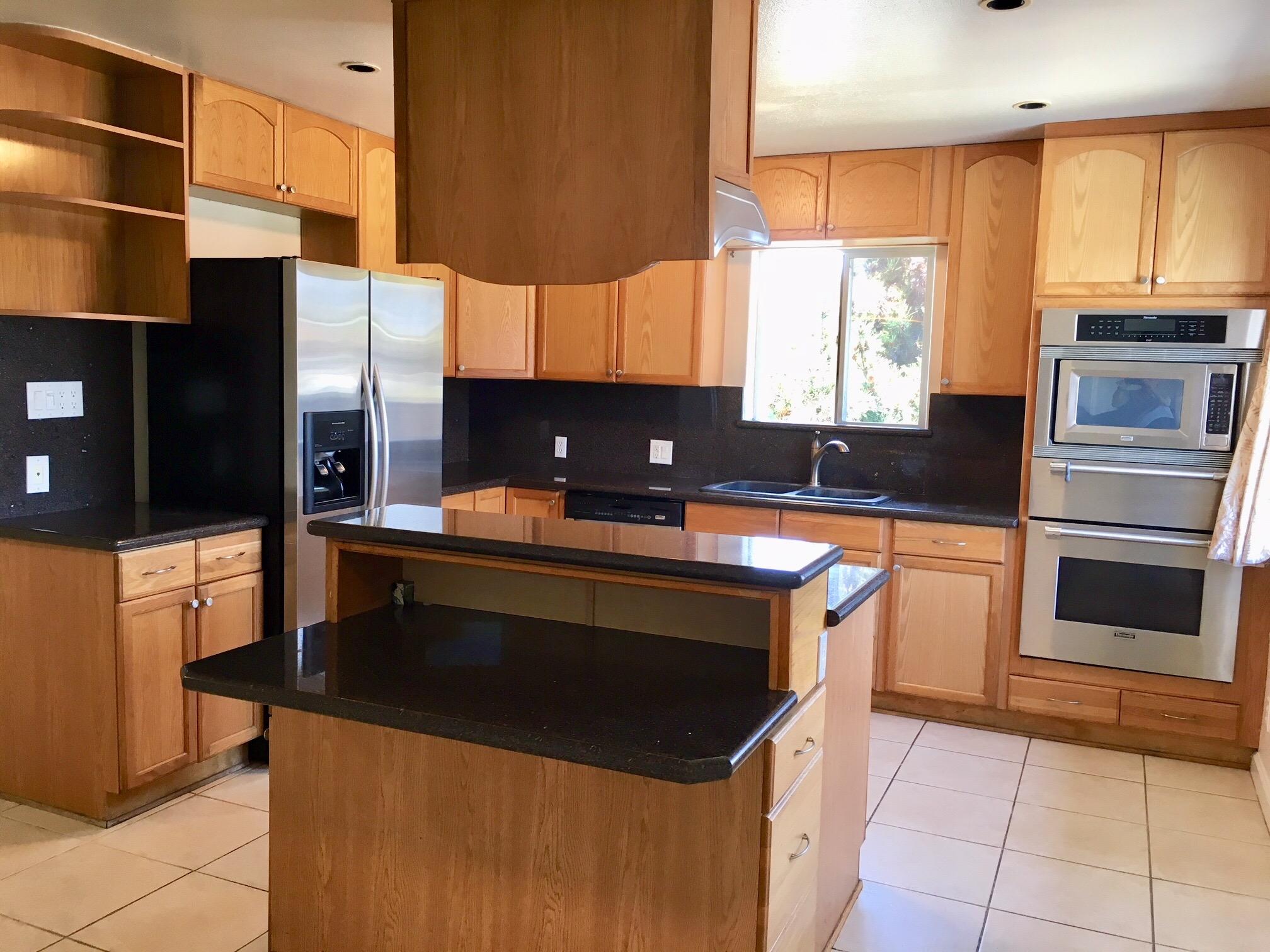 Francis Ct Torrance kitchen.jpg