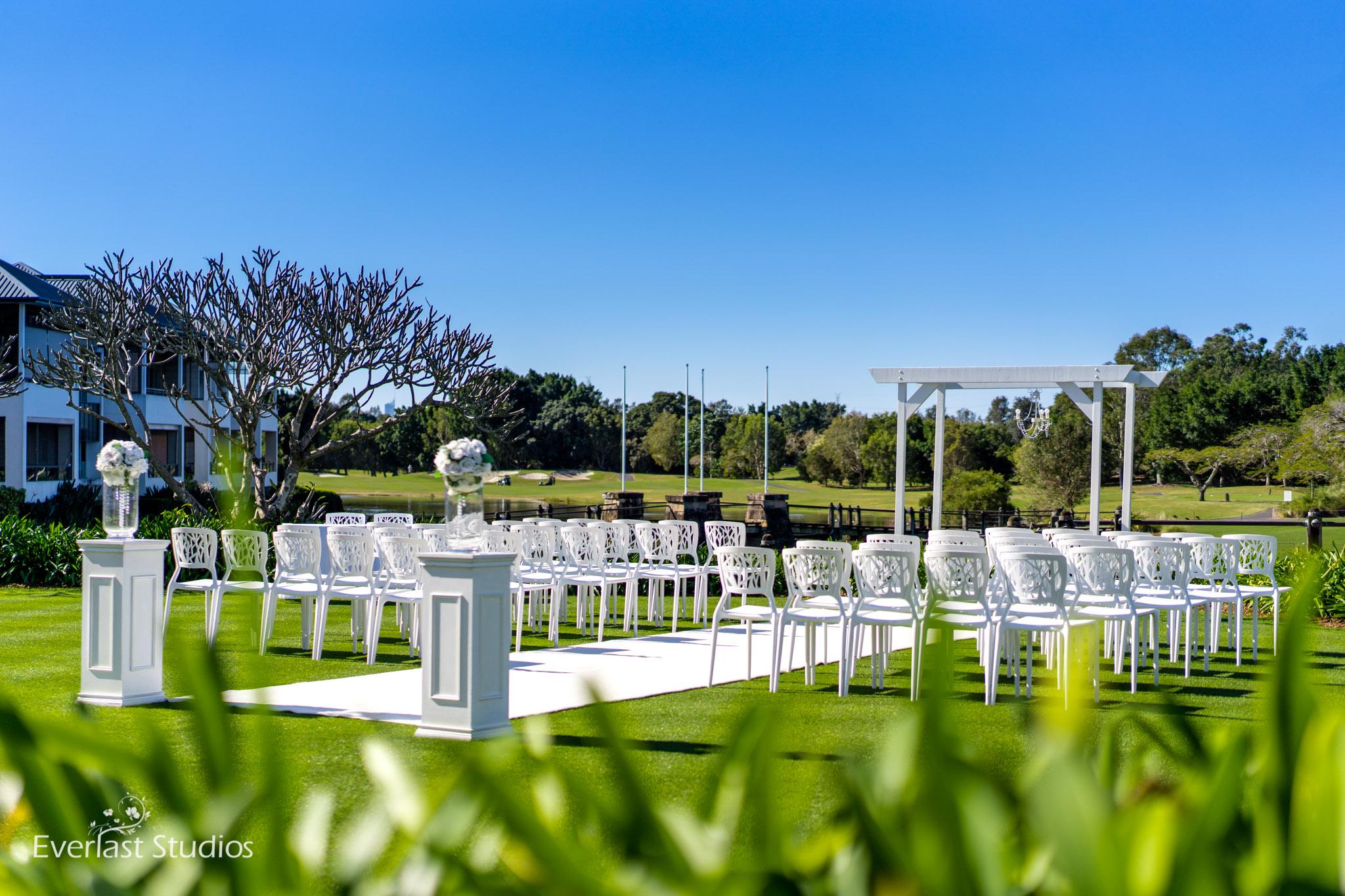 Glades Golf Club wedding ceremony styling