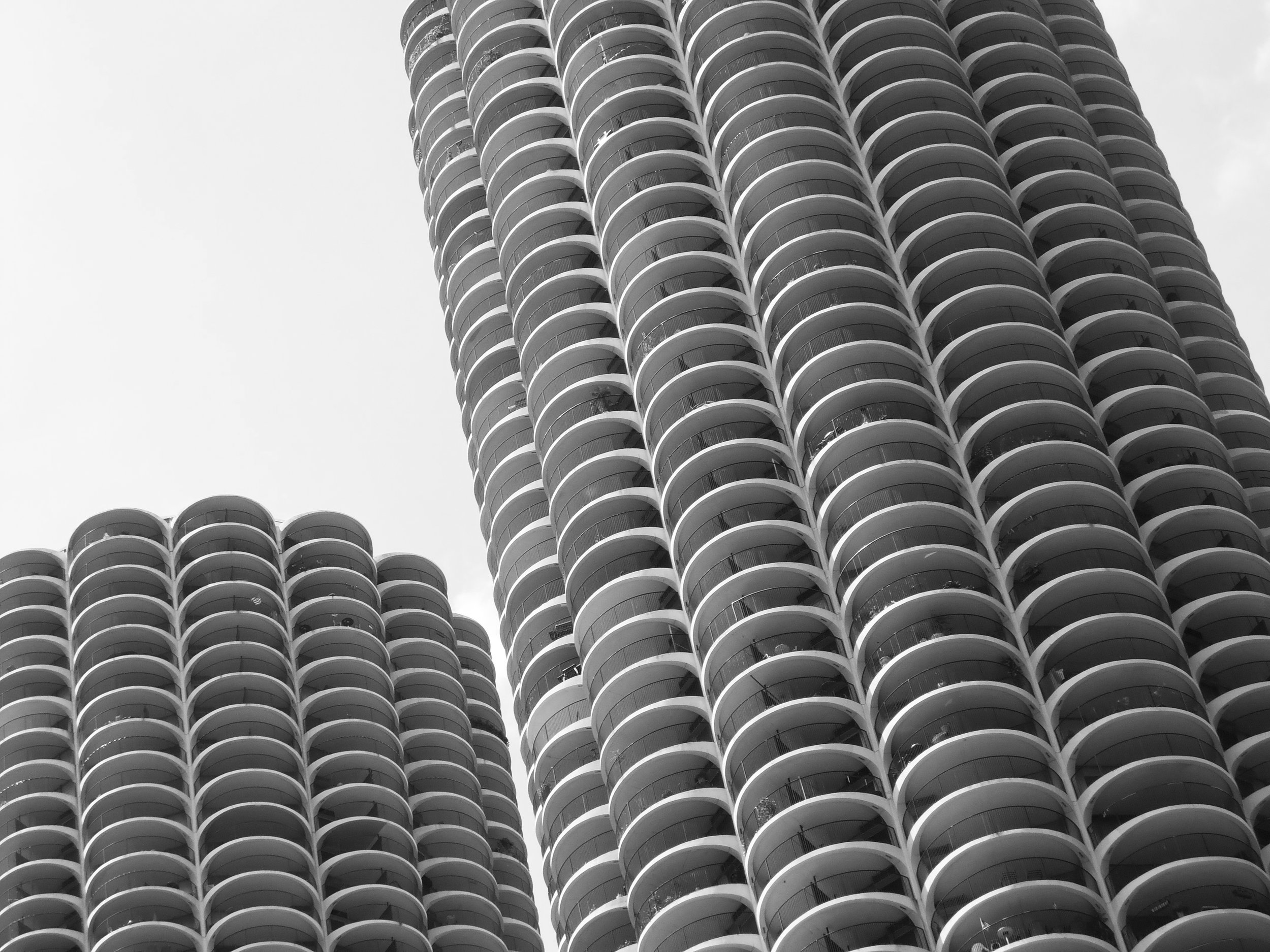 marina city corn cob buildings chicago.jpg