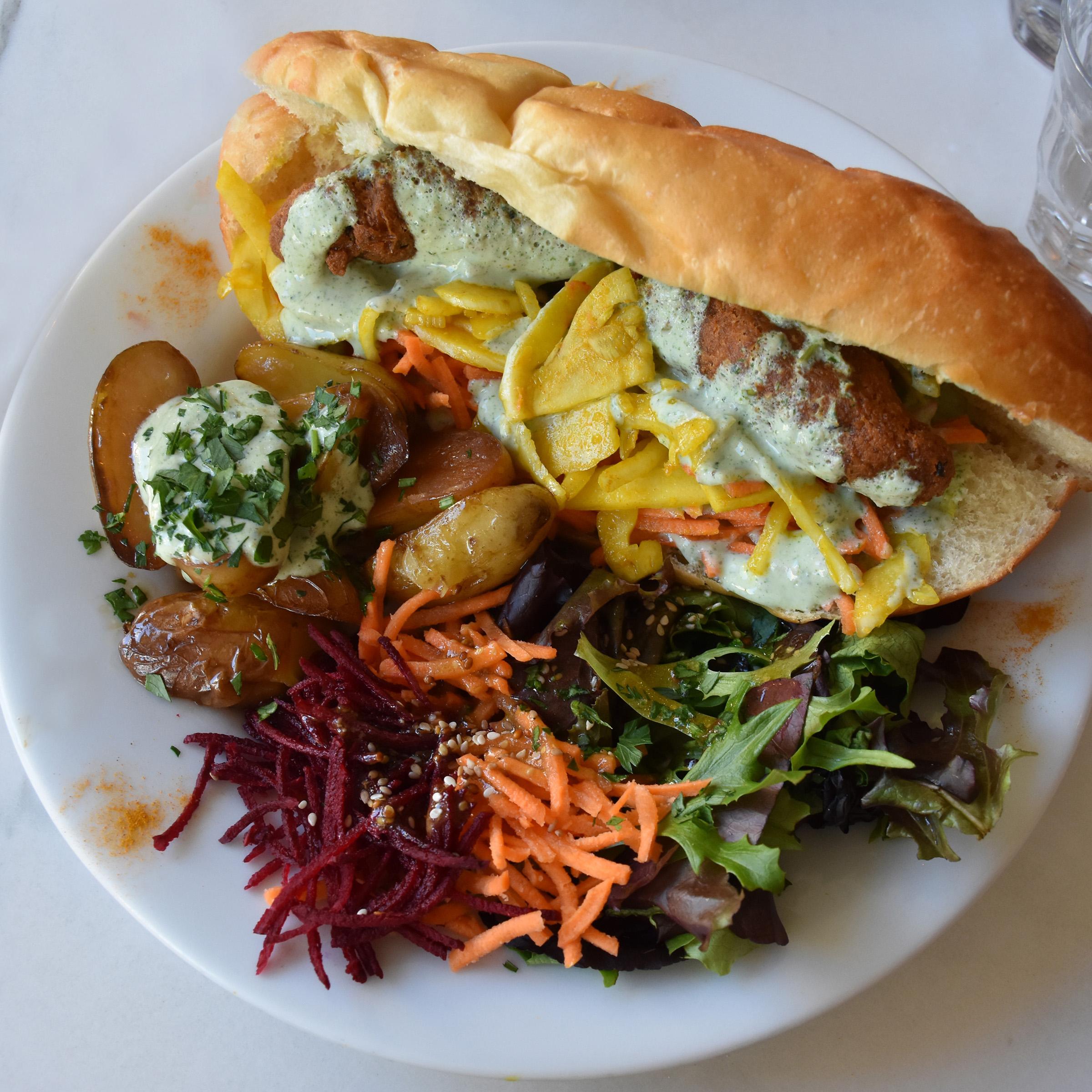 abbatoir vegetal hot dog.jpg