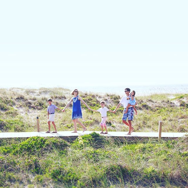 Bald head island has the best boardwalks for 'jungle-booking'. 😁 🎶 Hup two three four 🐘 🐘 Keep it up, two three four 🎶 . #baldheadisland #thejunglebook #familyphotos #vacationphotography #junglebooking #familyphotographer #wilmingtonphotographer #beachphotosession #baldheadislandphotographer #shoalsclub